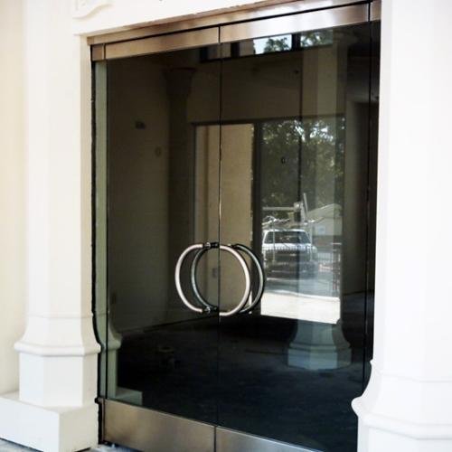 Count on Commercial Door Metal systems to install or repair a frameless doors featuring HERCULITE® glass in your building. If youu0027re looking for an All ... & Doors featuring HERCULITE® glass | Personnel Doors | Doors